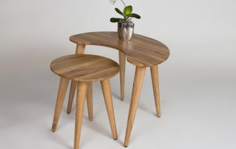 Sada dvou konferenčních stolků z masivu BRITTA dub divoký