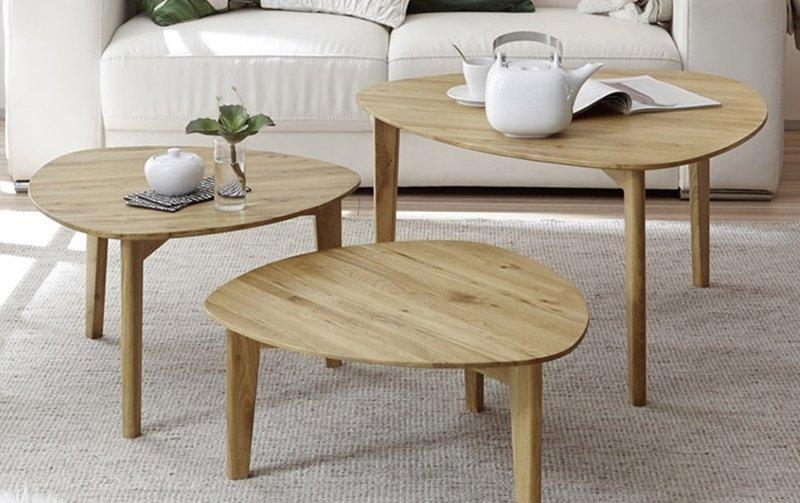 Sada tří konferenčních stolů z masivu CAMILLA dub přírodní