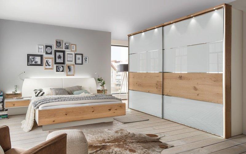 Moderní ložnice CHICAGO alpská bílá/dub