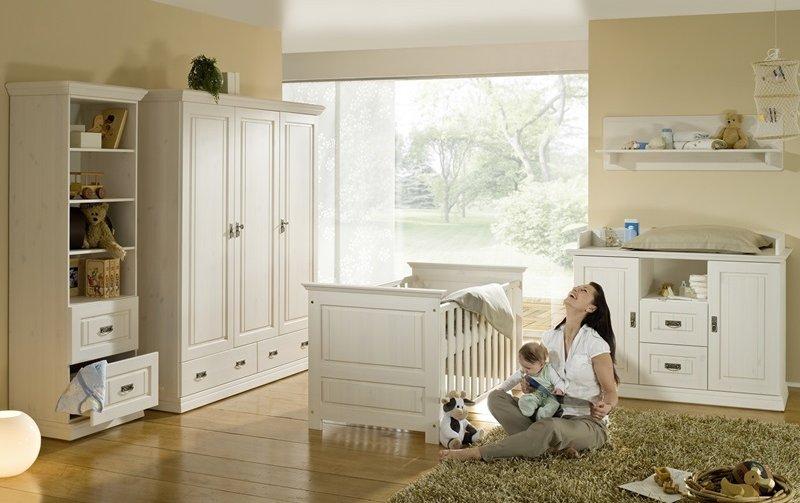 Dětský pokoj pro miminko ODETTE borovice masiv
