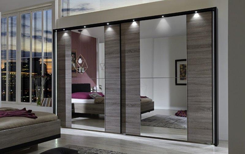 Šatní skříň s posuvnými dveřmi a LED osvětlením CORONA dub truefel/černá