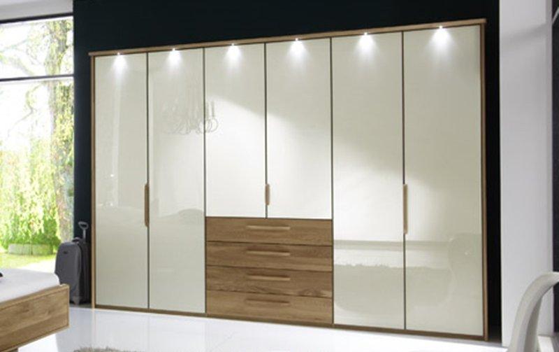 Šatní skříň s křídlovými dveřmi a s osvětlením TORINO dub masiv/dubová dýha/sklo Magnólie