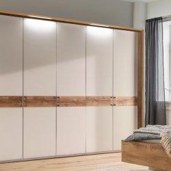 Šatní skříň s křídlovými dveřmi a osvětlením BILBAO alpská bílá/dub