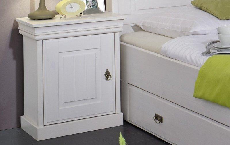 Noční stolek z masivu bílá borovice ROM 56