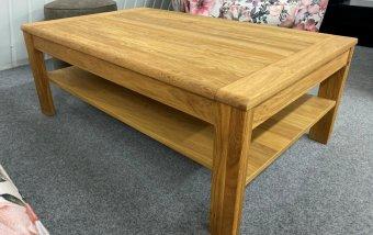 VÝPRODEJ: Dubový konferenční stolek s poličkou ATLANTA (typ 67)