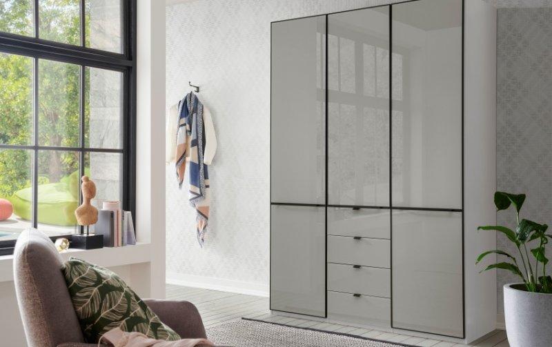 Šatní skříň s křídlovými dveřmi MONTREAL bílá/sklo šedý lesk