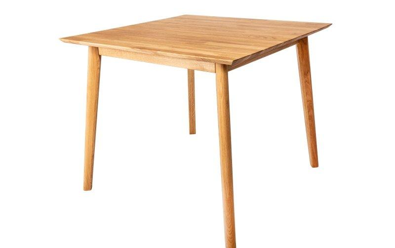 Jídelní čtvercový stůl z masivu RIGA dub přírodní