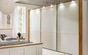 Šatní skříň s posuvnými dveřmi a osvětlením SLOANE champagne/dub