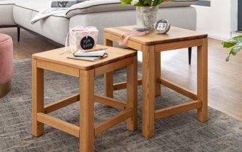 Sada dvou odkládacích stolků ROGER borovice masiv/barva dub medový