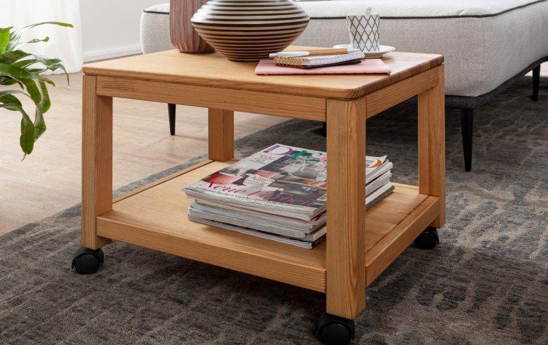 Dřevěný stolek na kolečkách ROGER borovice masiv/barva dub medový