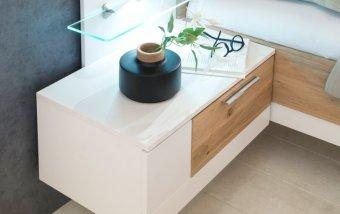 Noční stolek (levý) VIDAL bílý lak/dub bělený